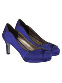 Pleat Platform Shoes
