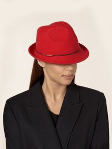 Small Trilby Red
