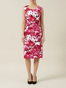 Sleeveless floral shift dress