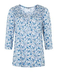 3/4 Butterfly Printed Blouse