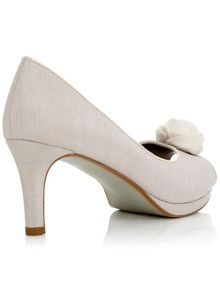 Jacques Vert Rose Trim Shoe