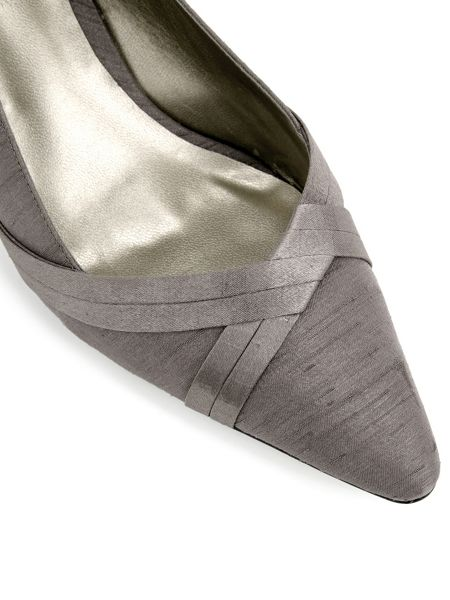 Jacques Vert Double Pleat Point Shoe