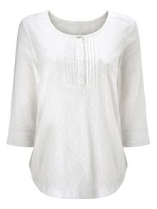 Dash Broidery White Blouse