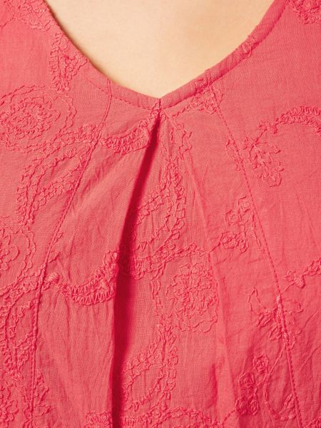 Dash Embroidered Coral Top