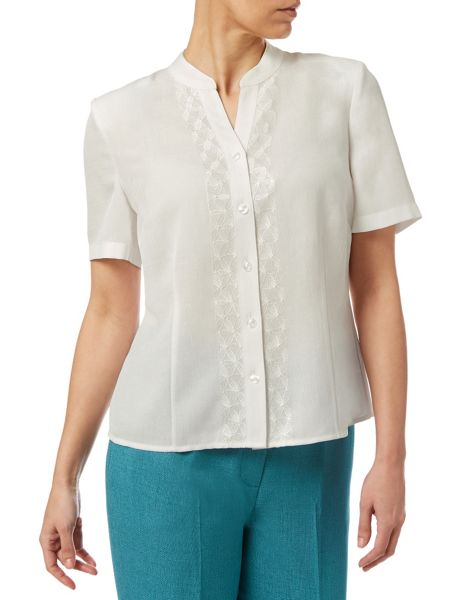 Eastex Daisy Embroidered Blouse