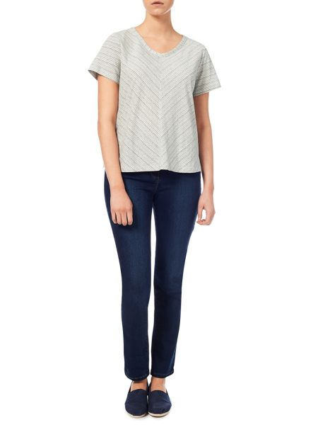 Dash Relaxed V Neck Top