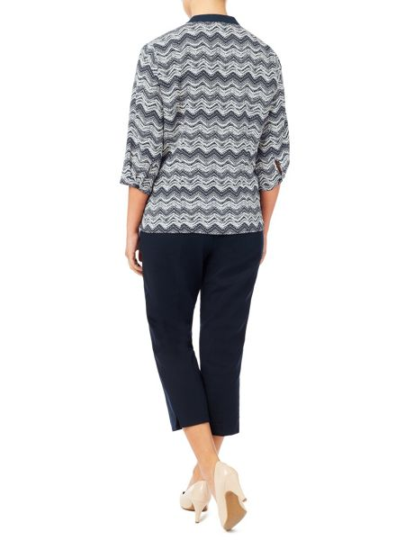 Eastex Contrast Tipped Zig Zag Blouse