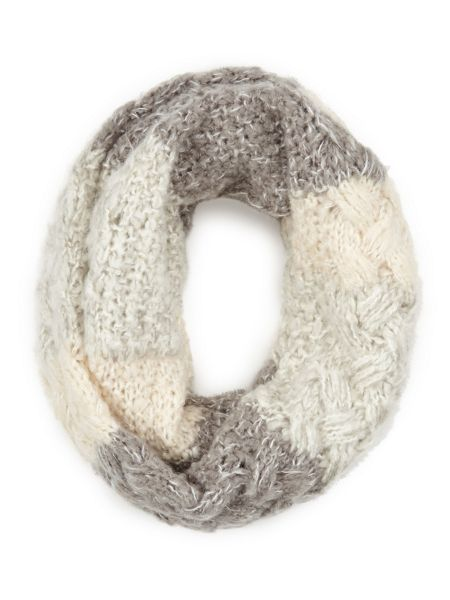 Dash Knitted Stripe Snood