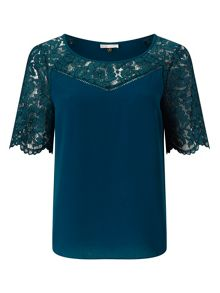 Jacques Vert V NECK LACE CONTRAST SHELL TOP