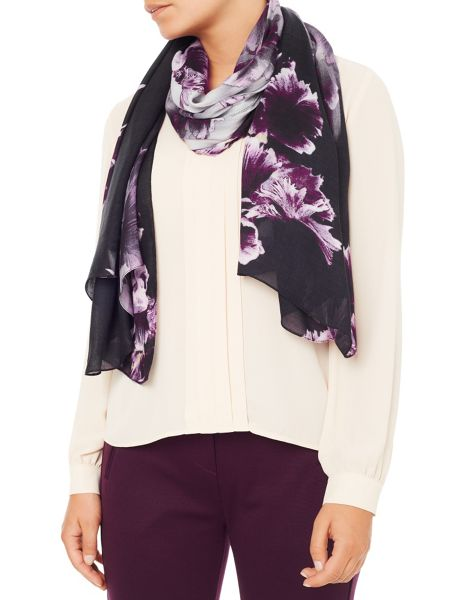 Eastex Berriewood Bloom Ombre Scarf