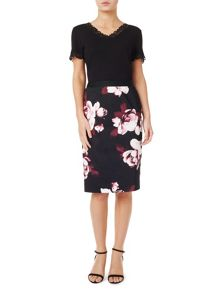 Precis Petite Dana Printed Pencil Skirt