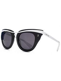 26HK010- BLK Cateye Sunglasses
