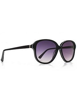 Premium 26FCA022 black retro sunglasses