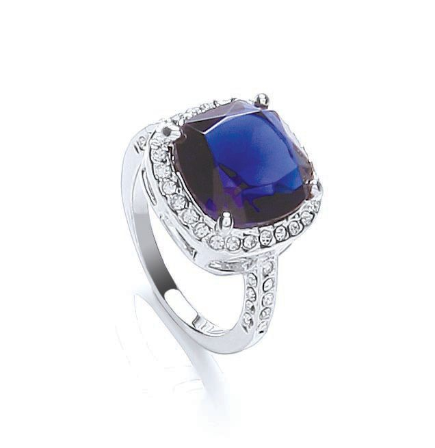 Mayfair cushion sparkle ring
