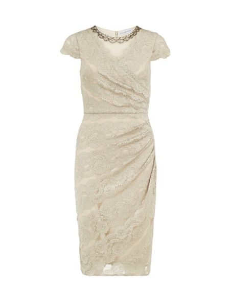 Gina Bacconi Beaded scallop stretch lace dress