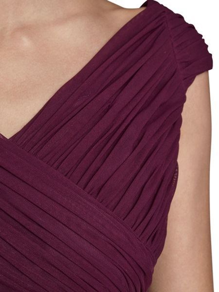 Gina Bacconi V neck mesh dress with pleated bodice