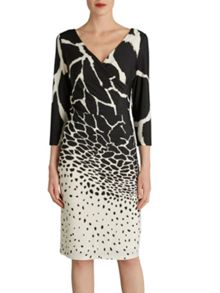 Gina Bacconi Printed jersey ruched dress v neck
