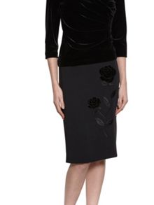Gina Bacconi Moss crepe skirt with rose embroidery