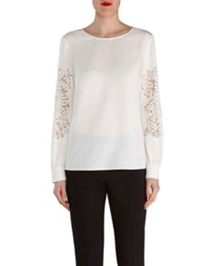 Gina Bacconi Soho Crepe Blouse With Guipure Sleeve