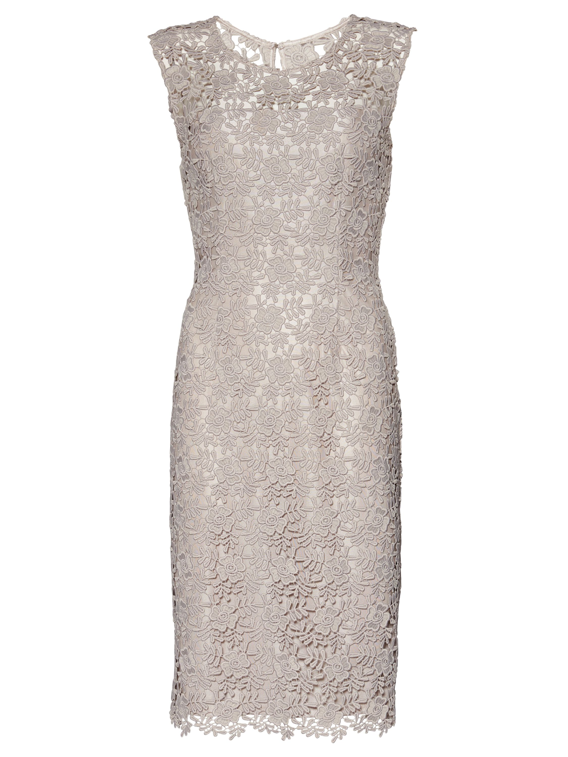 Gina Bacconi Matt primrose guipure dress, White