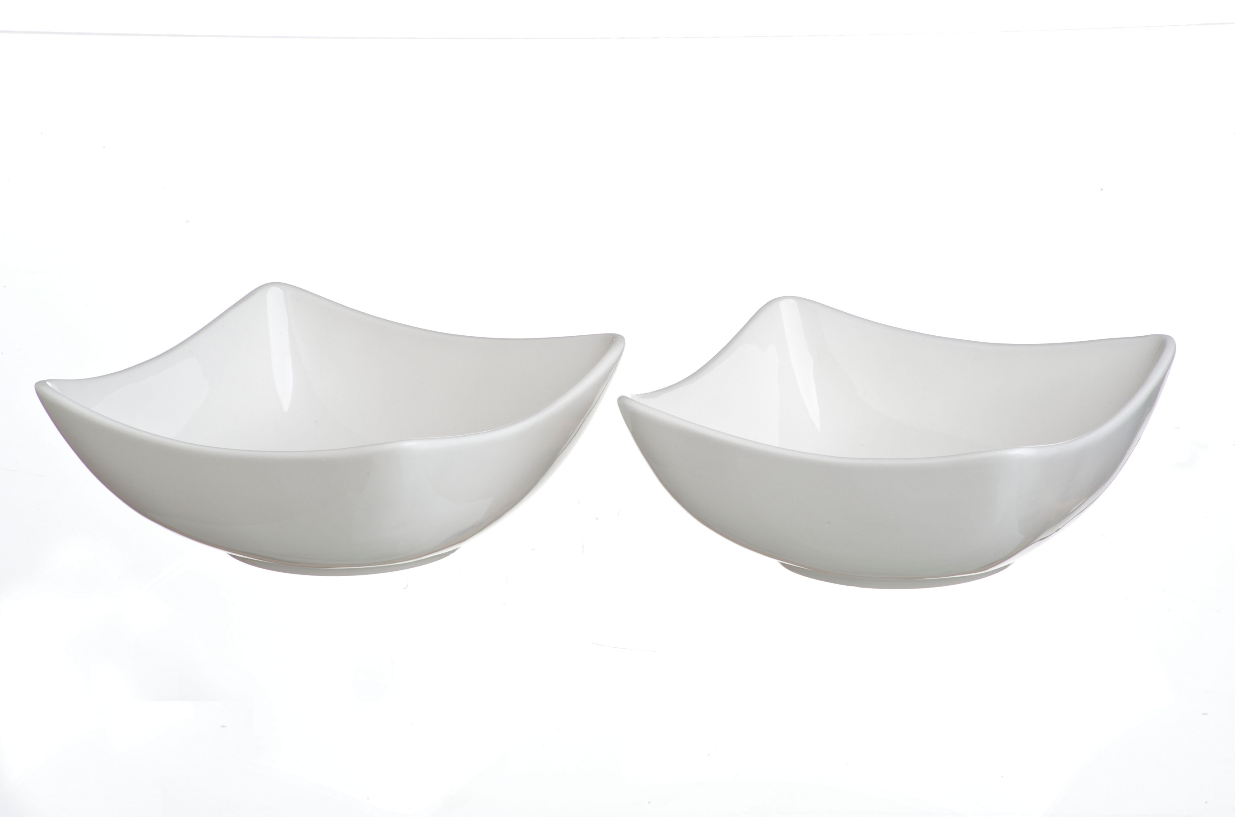 2 medium square bowls