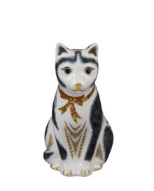 Royal Crown Derby Mother black and white cat paperweight