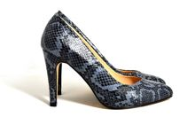 Kyna court shoes