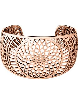 Timeless rose gold cuff