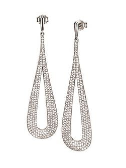 Fashionably silver long drop earrings