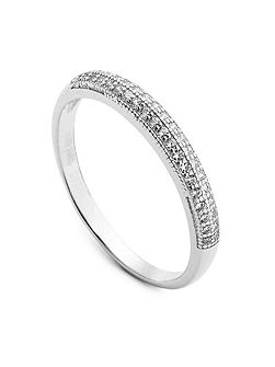 Fashionably silver sparkle ring