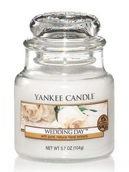 Yankee Candle Small wedding day housewarmer candle