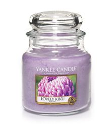 Yankee Candle Lovely Kiku medium jar candle