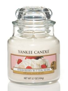 Yankee Candle Classic Small Jar Strawberry Buttercream