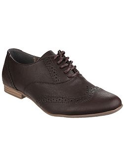 Levato lace up brogues