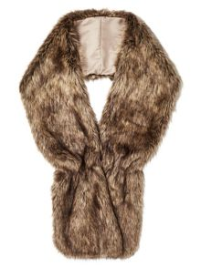 Beatrix faux fur collar