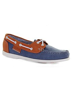 Holly canvas boat shoes