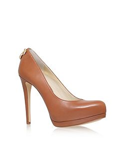 Hamilton high heeled court shoes