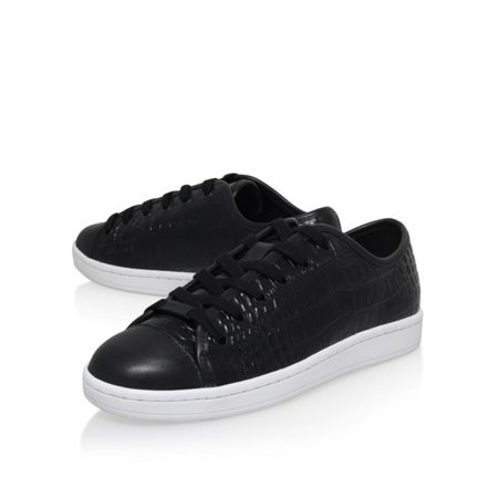 DKNY Baylee flat lace up sneakers