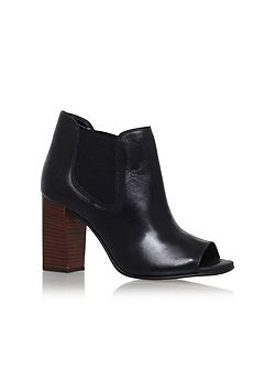 Amy high heel ankle boots