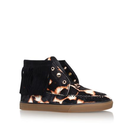 Nine West Ballico5 flat lace up sneakers
