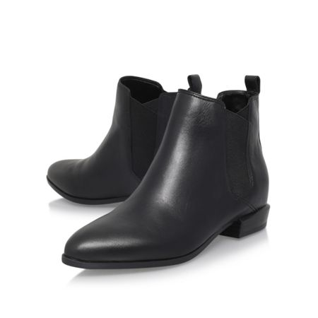 Nine West Doloris flat chelsea boots