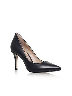 Bella high heel court shoes