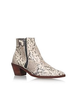 Azi mid block heel ankle boots
