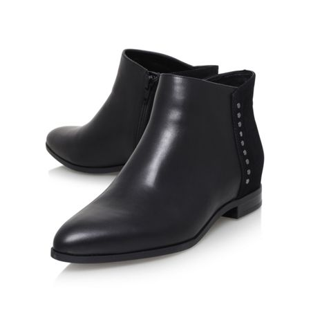 Nine West Oleary flat ankle boots