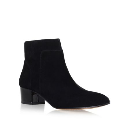 Vince Camuto Lesly mid heel ankle boots