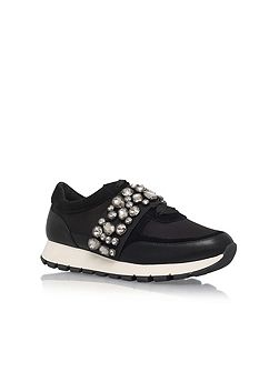 Lovely flat lace up sneakers