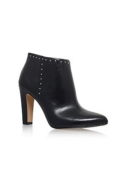 Landas high heel ankle boots