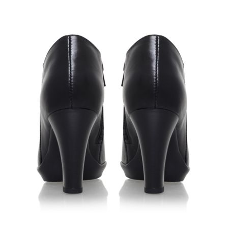 Carvela Comfort Roomie zip up ankle boots