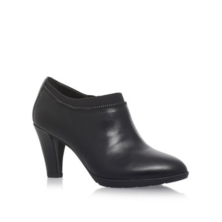 Anne Klein Dalayne high heel ankle boots
