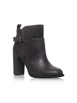 Quinah high heel ankle boots